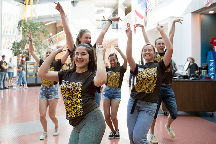 Students perform in a flash mob on Wednesday, Sept. 5, 2018.